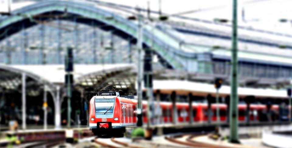 Fabricación de utillajes para trenes