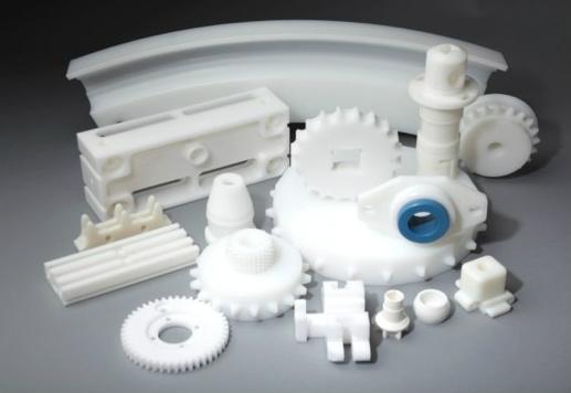 Mecanizado de piezas de plástico